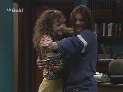 Hannah Martin, Casper Mack in Neighbours Episode 2705