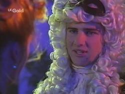 Danni Stark, Luke Handley in Neighbours Episode 2705