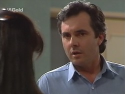 Susan Kennedy, Karl Kennedy in Neighbours Episode 2736