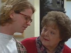 Brett Stark, Marlene Kratz in Neighbours Episode 2738
