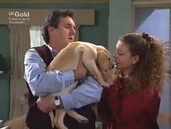 Karl Kennedy, Puppy, Hannah Martin in Neighbours Episode 2738