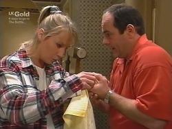 Ruth Wilkinson, Philip Martin in Neighbours Episode 2738