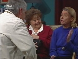 Lou Carpenter, Marlene Kratz, Helen Daniels in Neighbours Episode 2739