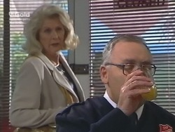 Madge Bishop, Harold Bishop in Neighbours Episode 2740