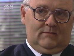 Harold Bishop in Neighbours Episode 2740