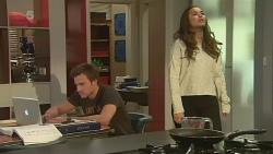 Rhys Lawson, Jade Mitchell in Neighbours Episode 6250