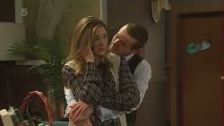 Sonya Mitchell, Toadie Rebecchi in Neighbours Episode 6251