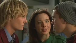 Andrew Robinson, Kate Ramsay, Noah Parkin in Neighbours Episode 6252