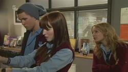 Noah Parkin, Summer Hoyland, Natasha Williams in Neighbours Episode 6253