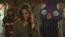 Jade Mitchell, Sonya Mitchell, Callum Jones in Neighbours Episode 6256