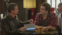 Paul Robinson, Kyle Canning in Neighbours Episode 6256