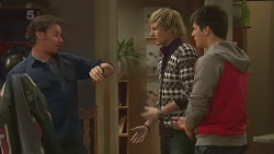 Lucas Fitzgerald, Andrew Robinson, Chris Pappas in Neighbours Episode 6257