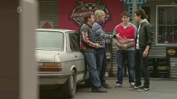 Lucas Fitzgerald, Andrew Robinson, Chris Pappas, Erik Poulos in Neighbours Episode 6257