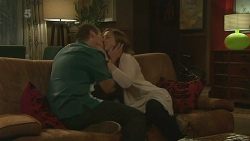 Toadie Rebecchi, Sonya Mitchell in Neighbours Episode 6259