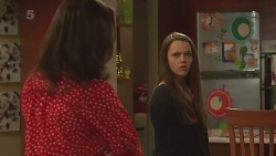 Kate Ramsay, Sophie Ramsay in Neighbours Episode 6259