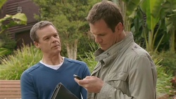 Paul Robinson, Michael Williams in Neighbours Episode 6260