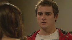 Jade Mitchell, Kyle Canning in Neighbours Episode 6263