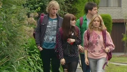 Andrew Robinson, Summer Hoyland, Chris Pappas, Natasha Williams in Neighbours Episode 6265