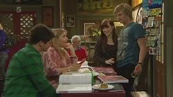 Chris Pappas, Natasha Williams, Summer Hoyland, Andrew Robinson in Neighbours Episode 6265