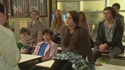 Kate Ramsay, Sophie Ramsay, Noah Parkin in Neighbours Episode 6267