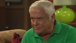 Lou Carpenter in Neighbours Episode 6268