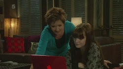 Susan Kennedy, Summer Hoyland in Neighbours Episode 6272