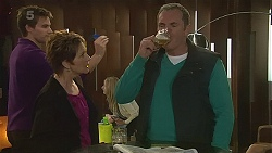 Rhys Lawson, Susan Kennedy, Karl Kennedy in Neighbours Episode 6273