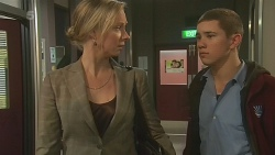 Janet Green, Noah Parkin in Neighbours Episode 6273