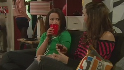 Kate Ramsay, Jade Mitchell in Neighbours Episode 6278