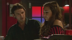 Malcolm Kennedy, Jade Mitchell in Neighbours Episode 6279
