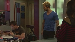 Rhys Lawson, Dane Canning, Jade Mitchell in Neighbours Episode 6279