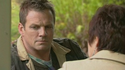 Michael Williams, Dr Amy Holdsworth in Neighbours Episode 6280