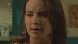 Kate Ramsay in Neighbours Episode 6281