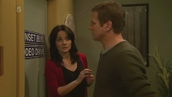 Emilia Jovanovic, Michael Williams in Neighbours Episode 6282