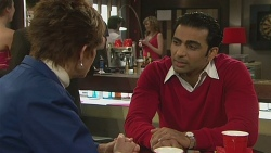Susan Kennedy, Ajay Kapoor in Neighbours Episode 6282
