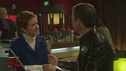 Susan Kennedy, Paul Robinson in Neighbours Episode 6282