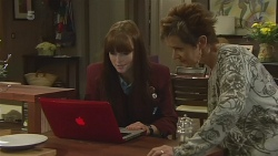 Summer Hoyland, Susan Kennedy in Neighbours Episode 6283