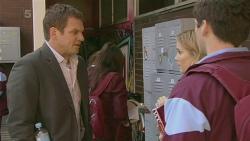 Michael Williams, Natasha Williams, Chris Pappas in Neighbours Episode 6283