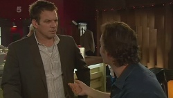 Michael Williams, Lucas Fitzgerald in Neighbours Episode 6283
