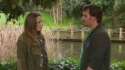 Sonya Mitchell, Lucas Fitzgerald in Neighbours Episode 6285