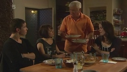 Noah Parkin, Sophie Ramsay, Lou Carpenter, Kate Ramsay in Neighbours Episode 6286