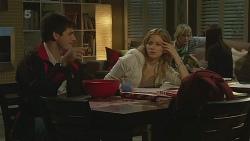 Chris Pappas, Natasha Williams, Andrew Robinson, Summer Hoyland in Neighbours Episode 6288