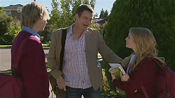 Andrew Robinson, Michael Williams, Natasha Williams in Neighbours Episode 6288