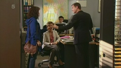 Lorraine Dowski, Susan Kennedy, Paul Robinson in Neighbours Episode 6289