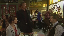Susan Kennedy, Paul Robinson, Toadie Rebecchi in Neighbours Episode 6289