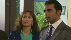 Lorraine Dowski, Ajay Kapoor in Neighbours Episode 6289
