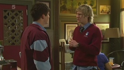 Chris Pappas, Andrew Robinson in Neighbours Episode 6290