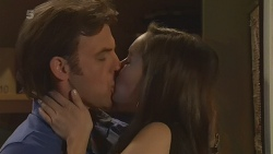 Malcolm Kennedy, Jade Mitchell in Neighbours Episode 6292