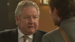 Martin Chambers, Rhys Lawson in Neighbours Episode 6293