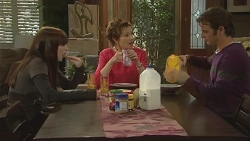 Summer Hoyland, Susan Kennedy, Malcolm Kennedy in Neighbours Episode 6294